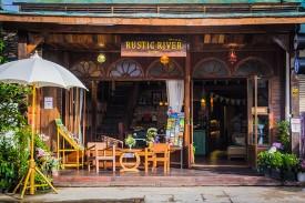 rustic-river-boutique-front